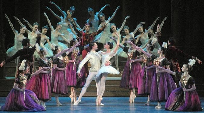 Cinderella Royal Ballet