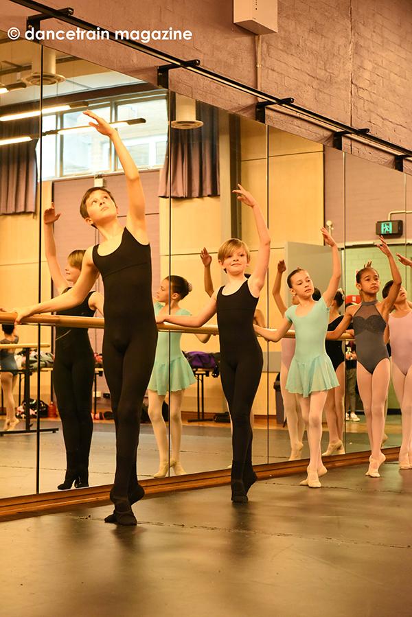 Bolshoi Academy Summer Intensive 2019 | dancetrain magazine